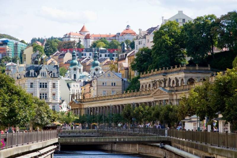 View of the Mill Colonade and the river Tepla in Karlovy Vary town center